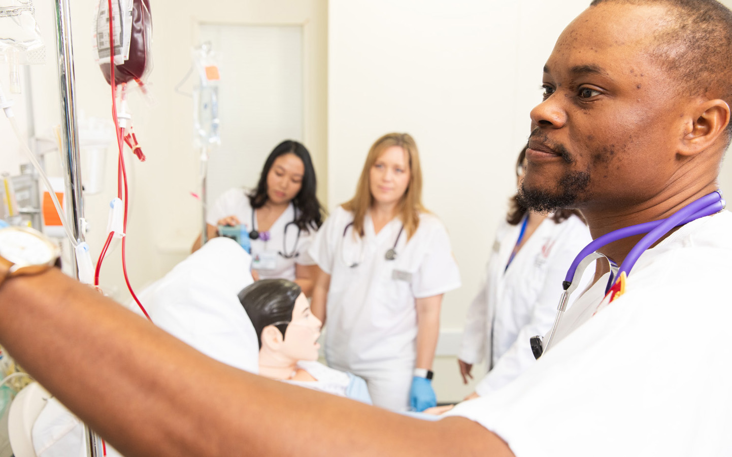 Nursing students learning in a hospital setting