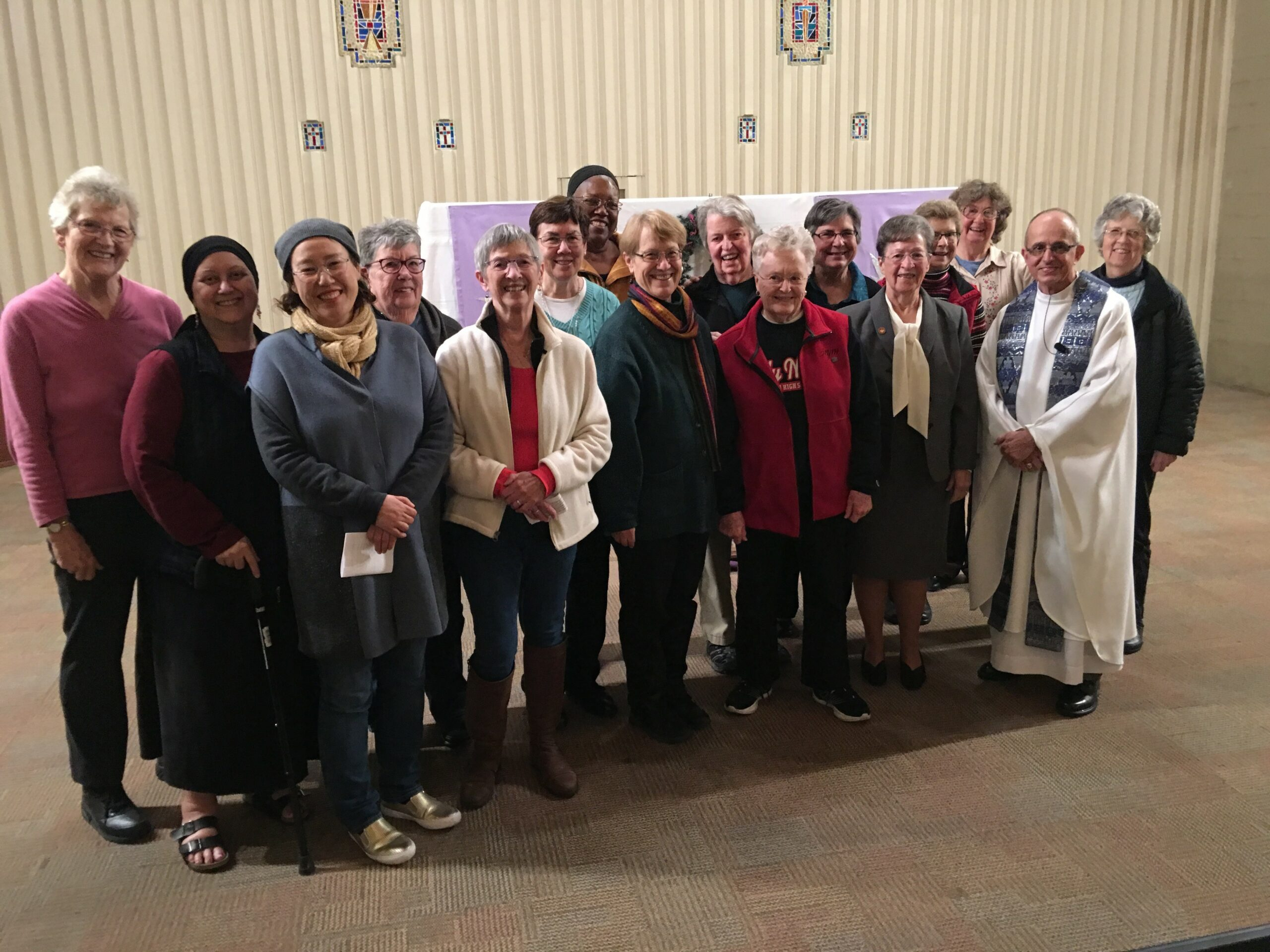 HNU Sisters of the Holy Names and Fr. Sal Ragusa, SDS